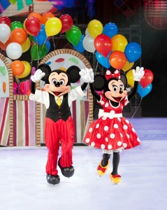 D30_Mickey and Minnie Gift Basket_Final